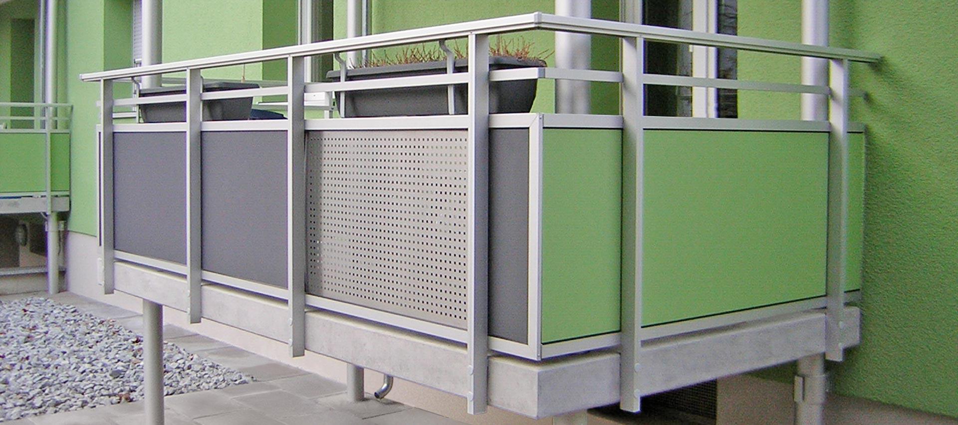 Balkon in grün von Holz-Hauff in Leingarten