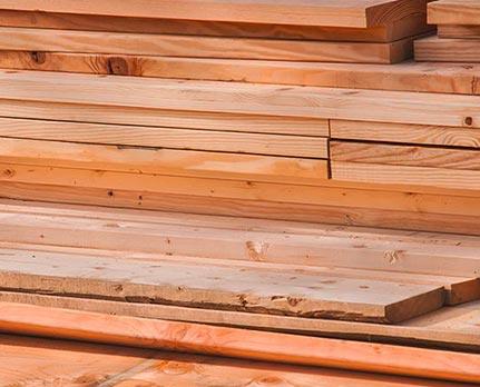 Bauholz Bretter Lager von Holz-Hauff in Leingarten