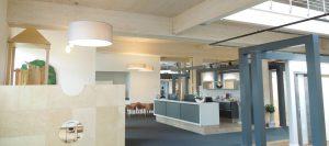 Brettschichtholz im Büro von Holz-Hauff in Leingarten