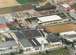 Geschichte von Holz-Hauff in Leingarten mit Luftaufnahme 1999