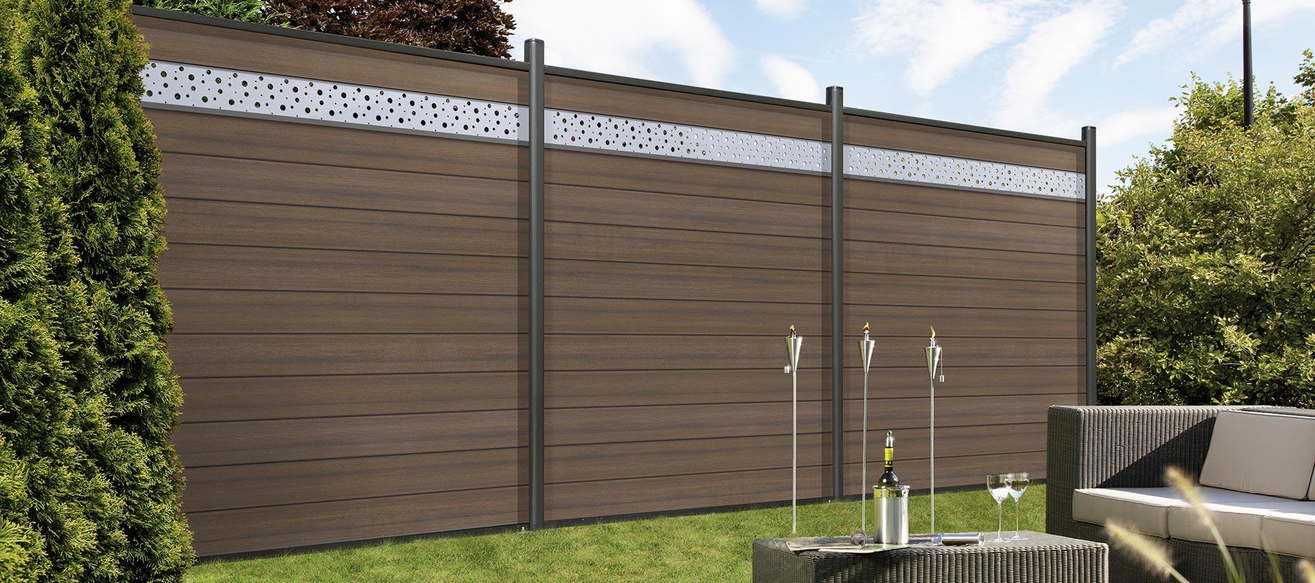 Sichtschutzzäune im Garten von Holz-Hauff in Leingarten