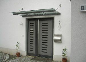 Haustüren grau bei Holz-Hauff in Leingarten