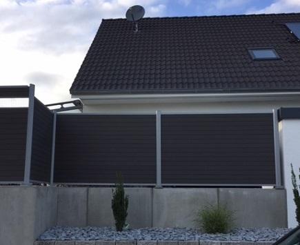Referenzen zu dunklem Gartenzaun von Holz-Hauff in Leingarten