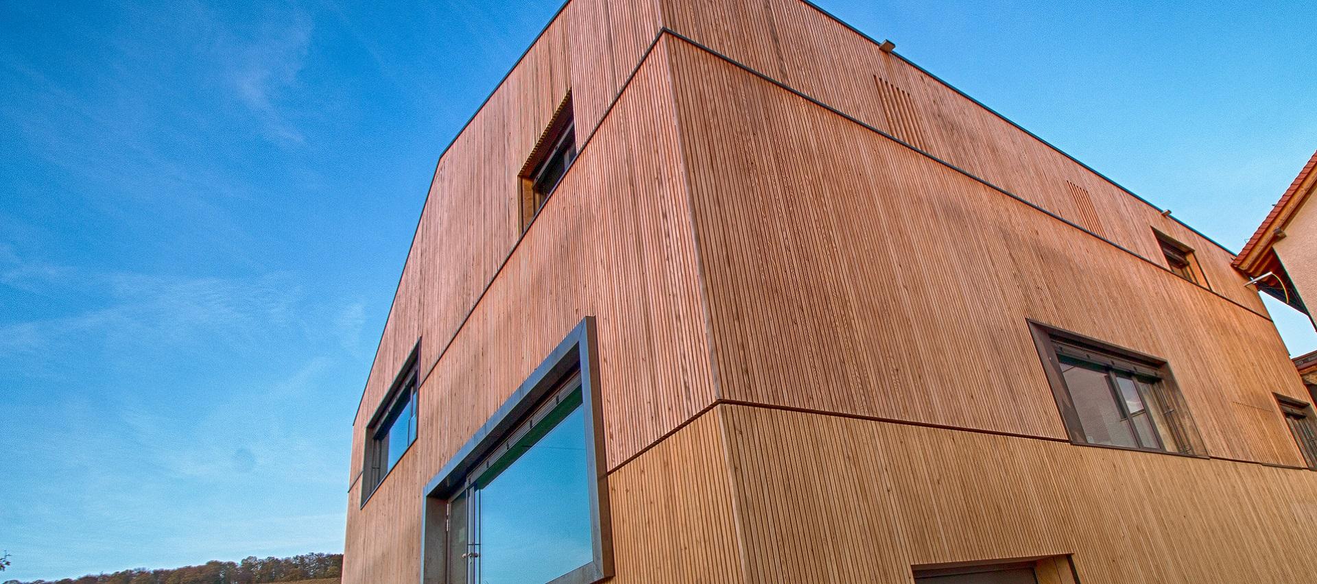 Referenzen Fassade Tanne von Holz-Hauff