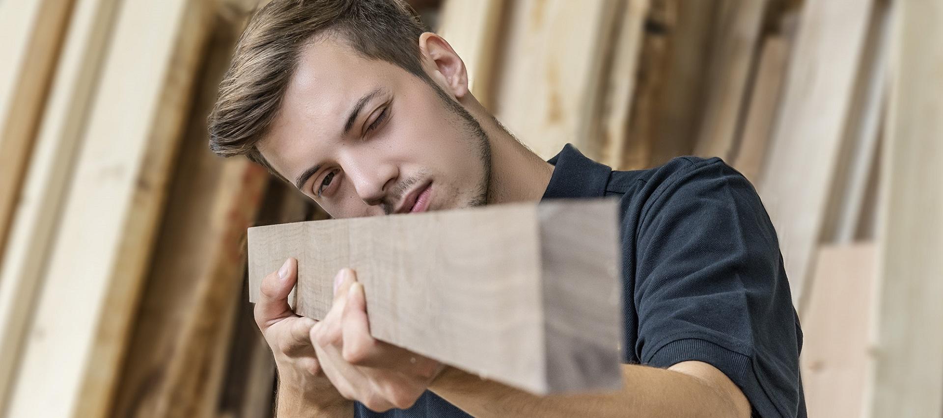 Holzbearbeitungsmechaniker