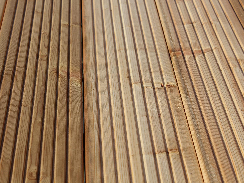 Sibirische Lärche Holz Terrassendielen Gartenausstellung Holz-Hauff