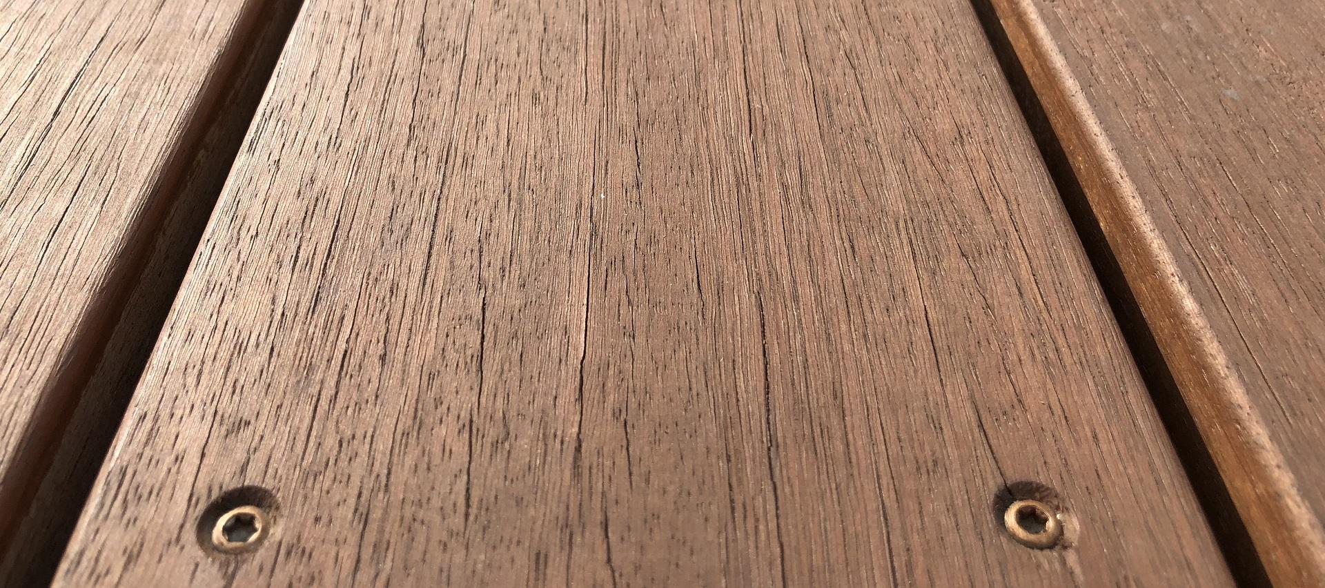 Terrassendielen aus Holz bei Holz-Hauff