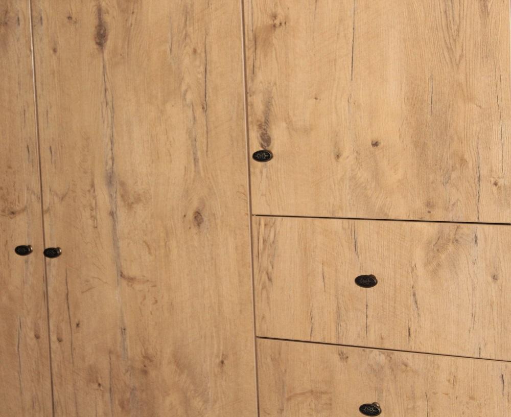 Schrank aus KBS-Platten bei Holz-Hauff GmbH in Leingarten