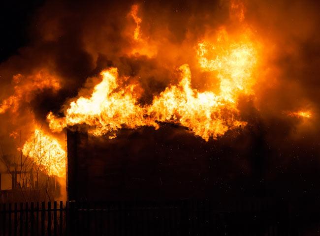 Brandschutz | Holzweichfaser-Dämmung | Holz Hauff Leingarten