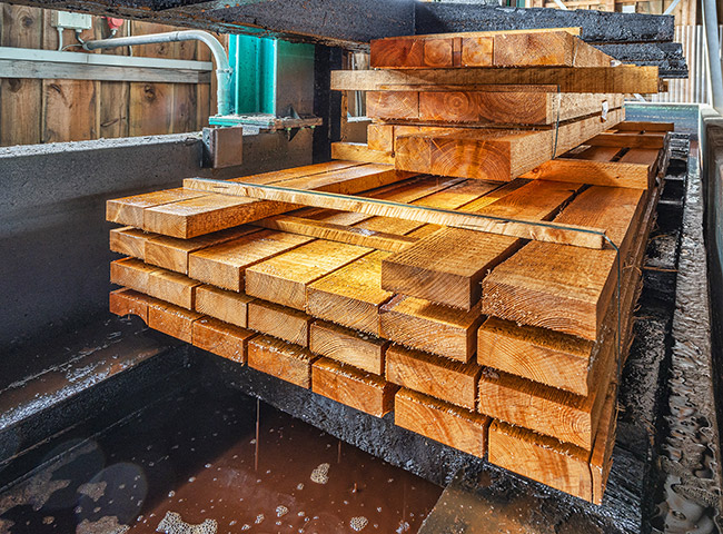 Imprägnierung | Service | Holz-Hauff in Leingarten