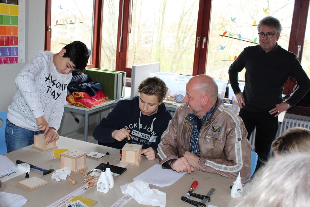 Eltern-Schüler-Werkstatt 2019 mit Holz-Hauff GmbH in Leingarten