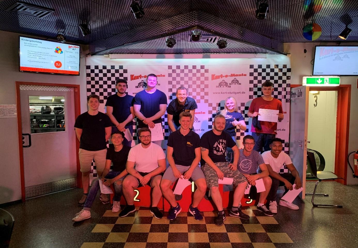 Azubi Ausflug 2019 Kartfahren bei Holz-Hauff GmbH in Leingarten