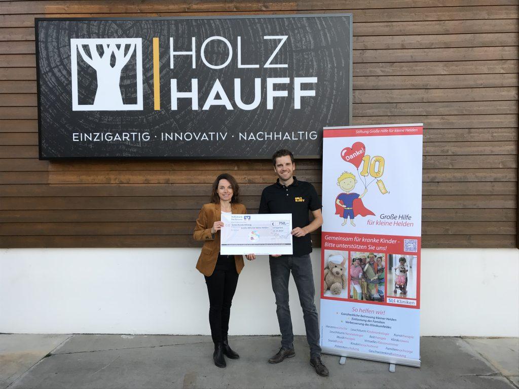 Spendenübergabe Große Hilfe für kleine Helden bei Holz-Hauff GmbH in Leingarten