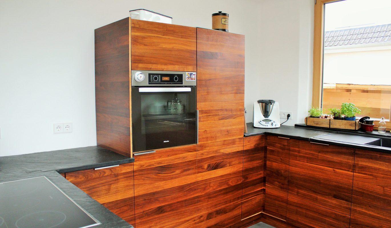 Küchenfront in Nussbaum | bei Holz-Hauff GmbH in Leingarten