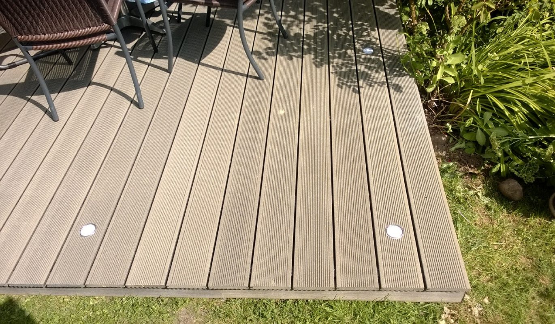 Terrassenbelag aus Megawood Massivdiele basaltgrau classic bei Holz-Hauff GmbH in Leingarten