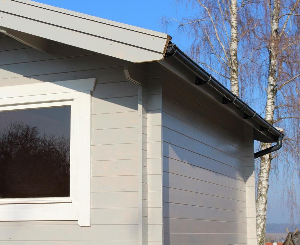 Bertsch Blockbohlenhaus mit Satteldach | bei Holz-Hauff GmbH in Leingarten