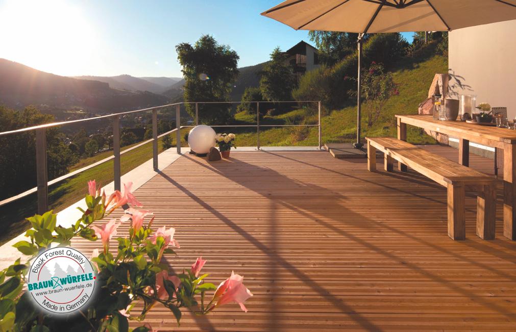 Die nachhaltige Terrasse aus Thermokiefer | Holz-Hauff in Leingarten
