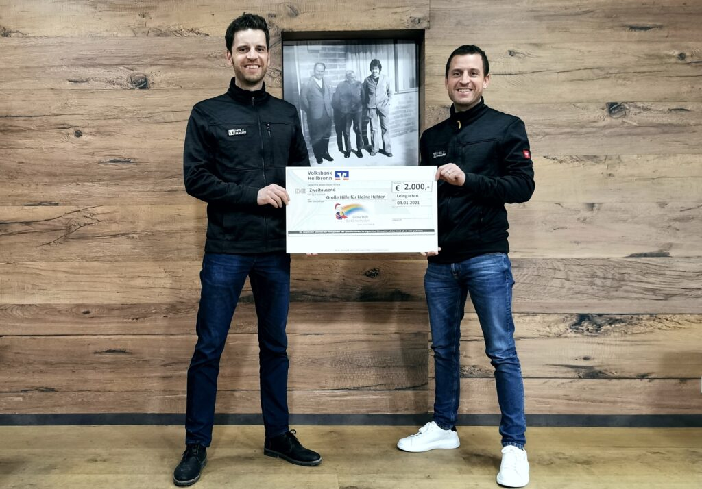 Weihnachtsspende 2020 für Große Hilfe für kleine Helden bei Holz-Hauff GmbH in Leingarten