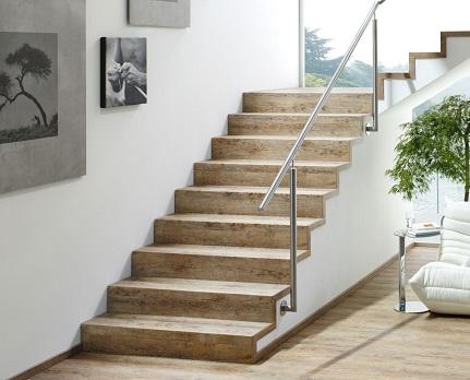 Treppenstufenverkleidungen bei Holz-Hauff GmbH in Leingarten