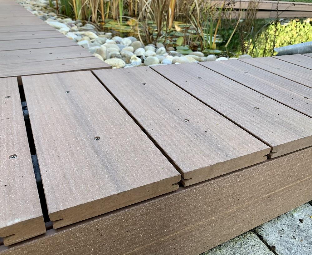 Megawood Signum Jumbo massiv muskat Umrandung Schwimmteich bei Holz-Hauff GmbH in Leingarten